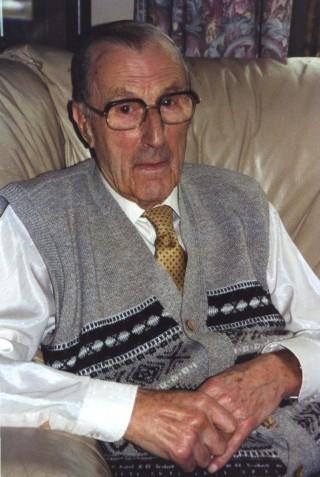 Denis Barber - (1917 - 2007)