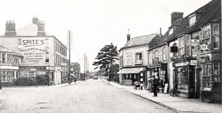 Bridge Street looking towards Islip