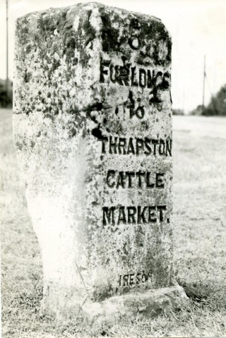 Mile Stone - Near to junction of Oundle Rd and Windsor Drive, Thrapston