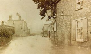 Thrapston Floods, 1875 (outside The Swan)