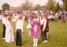 Thrapston Primary School (June Rose Day 1987)