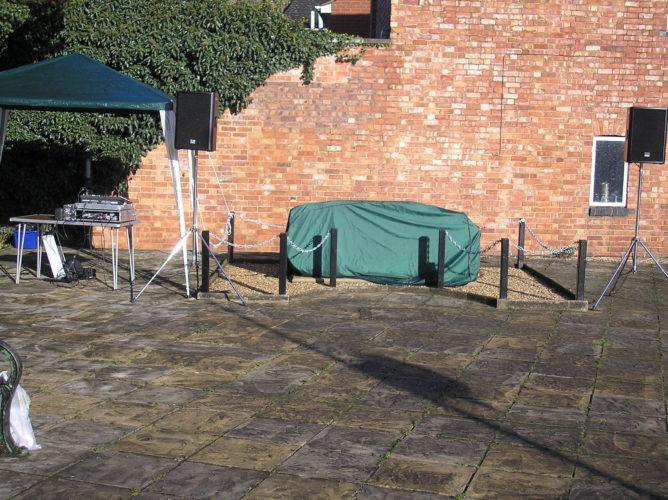 Dedication 2014, Memorial installed but 'under wraps'   Ian Byrnes